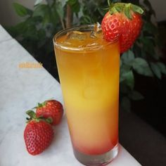 """""""Hennessy Passion"""" #six8drinks #hennessy #cognac Strawberry syrup pineapple…"""