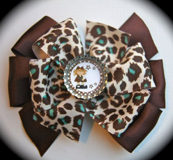 Brownie Scouts Stacked Pinwheel Bow