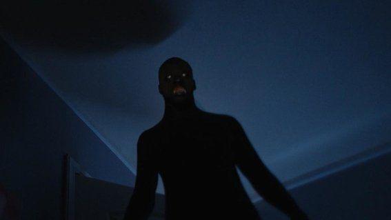 ¿Fenómeno Paranormal o una ilusión causada por trastornos psiquiátricos? ¿Sientes o haz visto alguna presencia en tu casa? Esto no es una historia de Terror.