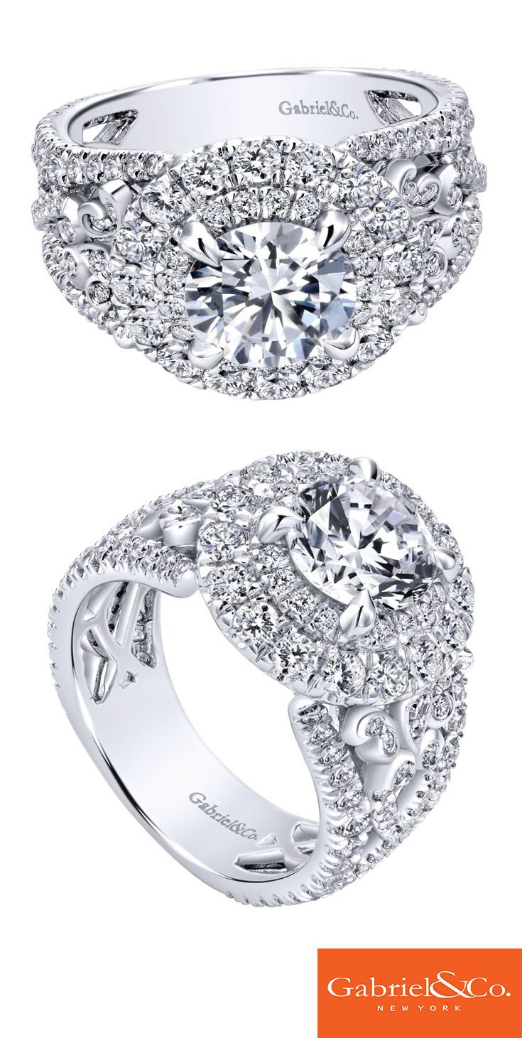 Gabriel & Co. - A stunning 18k White Gold Diamond Halo Engagement Ring.