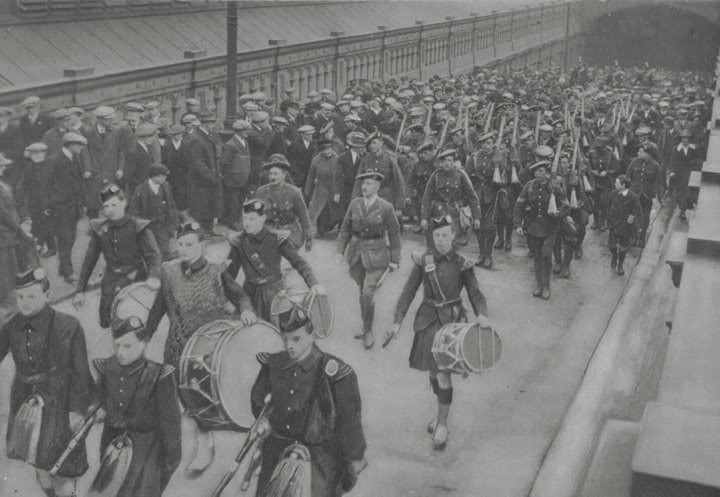 The Return of The Royal Scots in Edinburgh after the Great War. - at Waverley Station