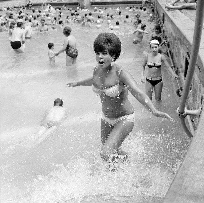 hullám medence- 1969