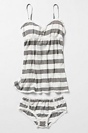 comfy & cute! I want to sleep in this.