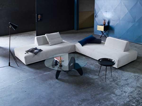 Skøn sofa i et andersledes design fra Eilersen. #eilersen #indretning #design