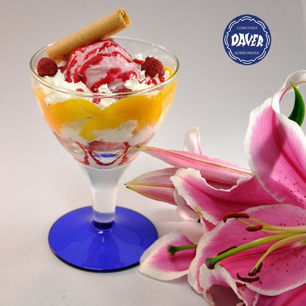 Nuestras copas de #helado artesano hechas con mucho cariño