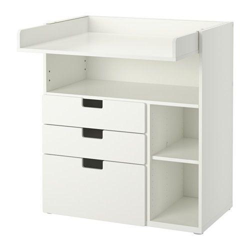 IKEA - STUVA, Wickeltisch mit 3 Schubladen, weiß, , Der Wickeltisch wächst mit dem Kind; lässt sich leicht in einen Schreibtisch oder eine Spielfläche umwandeln: einfach die Platte in der passenden Höhe einschieben.Praktische Aufbewahrung in Reichweite: So hat man immer eine Hand am Baby.Dank der zwei versetzbaren Böden lassen sich Fächer in gewünschter Höhe gestalten.
