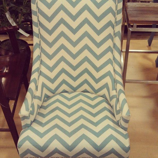 Beach house pretty: chevron chair #hamptonsstyle