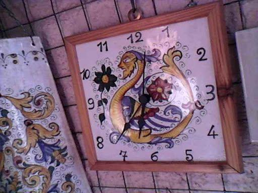 http://ceramicherinascita.altervista.org/orologio-raffaellesco/