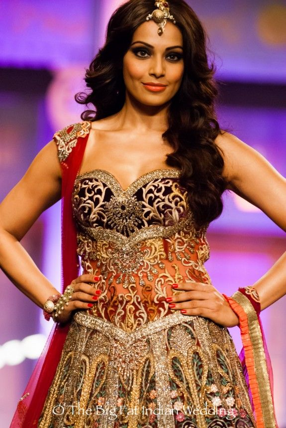Bipasha Basu - what a babe