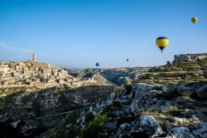 October Festivals and Food Fairs in Italy: Matera During the October Balloon Festival