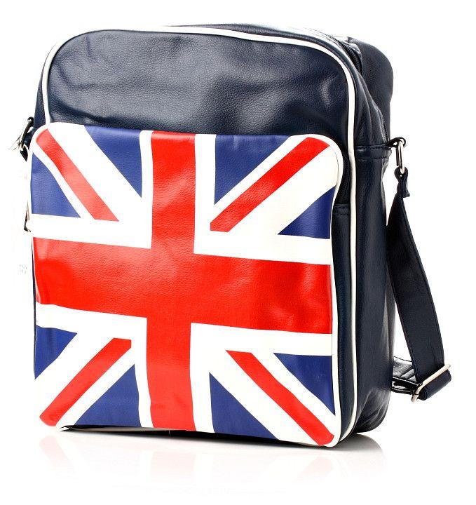 Trendová dámska kabelka v indigovo modrej farbe s veľkou anglickou vlajkou vpredu. Kabelka je ušitá z kvalitnej ekokože a na zadnej strane má praktické vrecko na zips. http://www.yolo.sk/kabelky/kabelka-grande-bretagne-indigova-modra