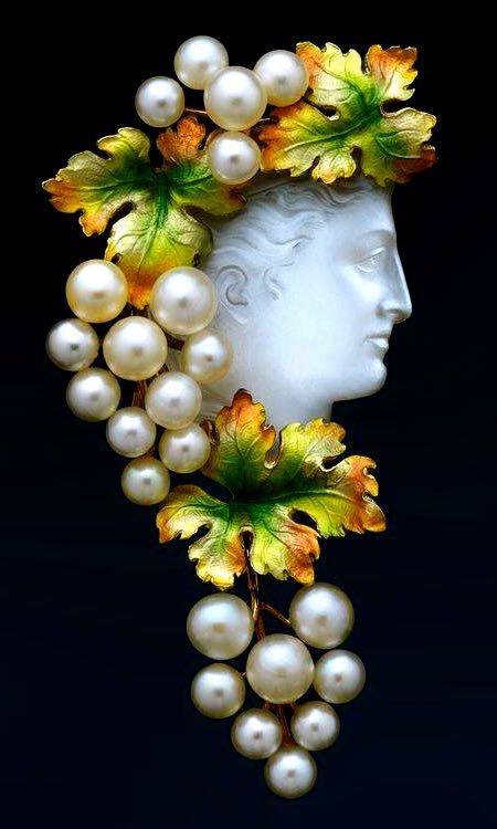 Art Nouveau Moonstone & Pearl Brooch: