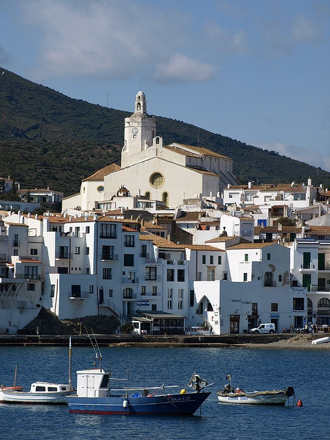 Cadaques .... by day (Spain) fantastic town!