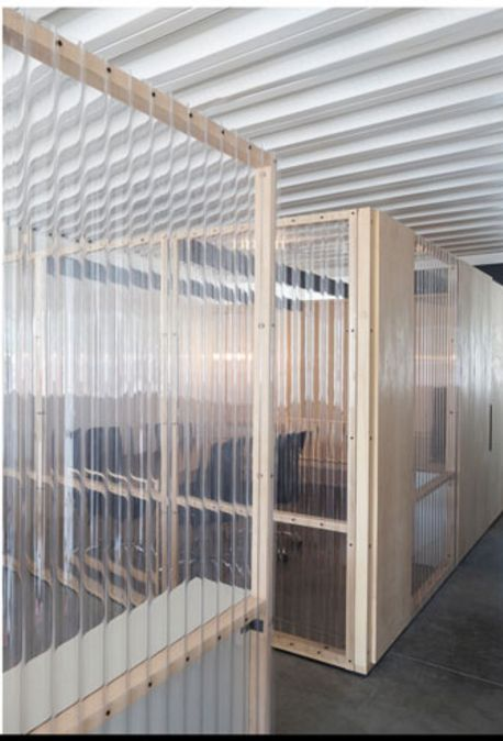 clear corrugated plastic partitioning                                                                                                                                                                                 Mehr
