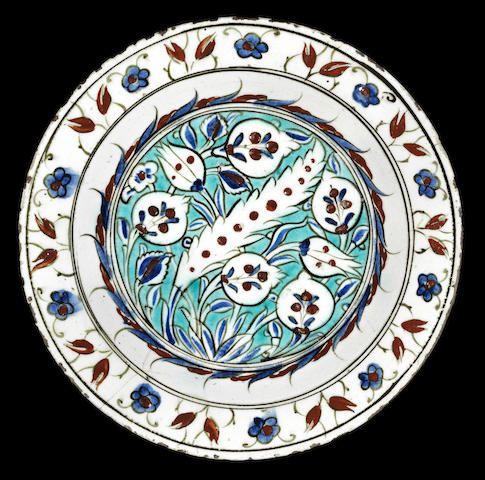 An Iznik pottery Dish Turkey, circa 1580
