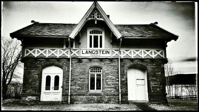 Langstein. Nedlagt jernbanestasjon