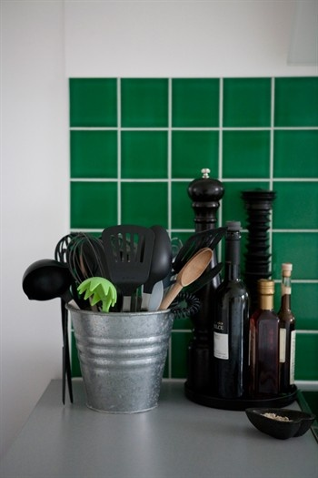 imagekitchen-green-kitchen-tiles-457.jpg (350×525)