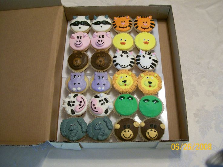 Noah's Arc / Baby Shower For Twins - These are cupcakes I made for a friend giving a baby shower for twins.  I thought it was a darling idea.  Copied most of them from a link she sent me, and a few from other places.  Thanks for all the inspiration decorators!!!
