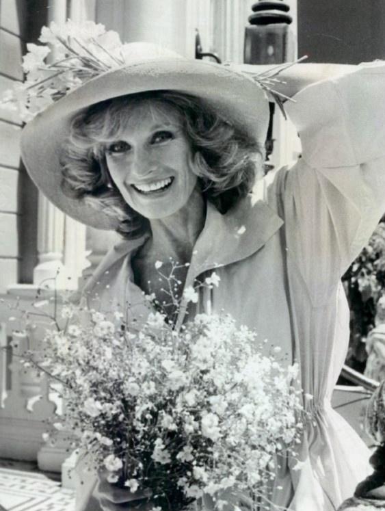 Chloris Leachman in old TV show Phyllis