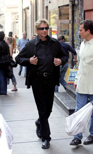 barry manilow concert schedule for 2014   barry manilow in soho in this photo barry manilow barry manilow the ...