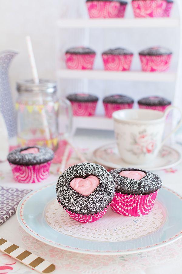 Vídeo-receta: Cupcakes para San Valentín   https://lomejordelaweb.es/