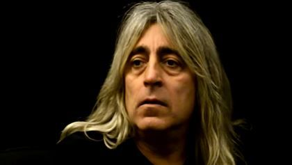 """MIKKEY DEE: 'MOTÖRHEAD Is Over' MIKKEY DEE: 'MOTÖRHEAD Is Over'        MOTÖRHEAD  drummer  Mikkey Dee  has confirmed that the band will cease touring and will not record any more albums following the passing of the group's iconic frontman  Ian """"Lemmy"""" Kilmister .        """" MOTÖRHEAD  is over of course""""  Mikkey  told Sweden's  Expressen  newspaper. """" Lemmy  was  MOTÖRHEAD . But the band will live on in the memories of many.""""        He added: """"We will not be doing any more tours or anything…"""