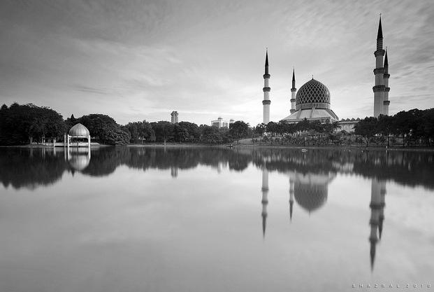 Majid Sultan Salahuddin Abdul Aziz and Shah Alam Lake Gardens, Shah Alam, Malaysia