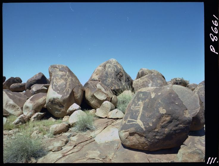 320320PD: Pilbara petroglyphs, 1980.  http://encore.slwa.wa.gov.au/iii/encore/record/C__Rb2455029__S320319pd__Orightresult__U__X3?lang=eng&suite=def