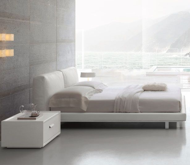 12-571 Upholstered Bed :: Cliff Young, Ltd :: Classic Collection :: Bedroom