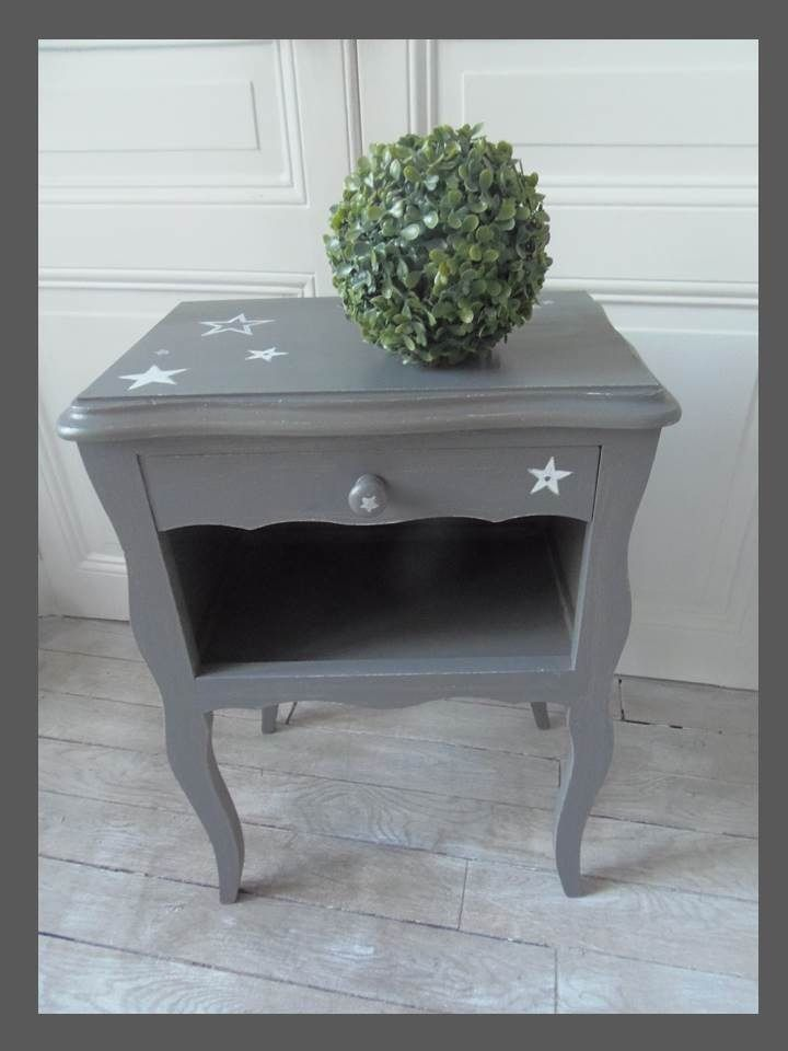 Perfect table de chevet vintage patine gris zinc blanc for Recouvrir une table de zinc