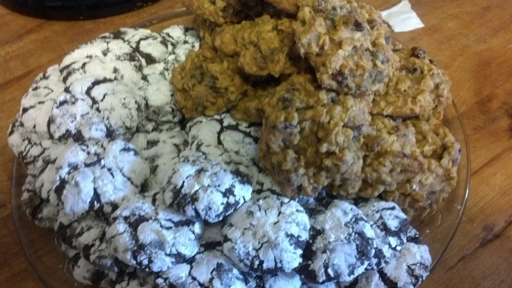 Chocolate Crinkles and Pumpkin Oatmeal Cookies with Cranberries and Chocolate Chips