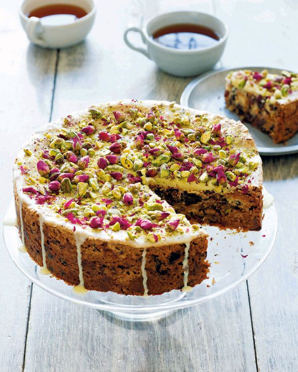 Persian Pavlova cake