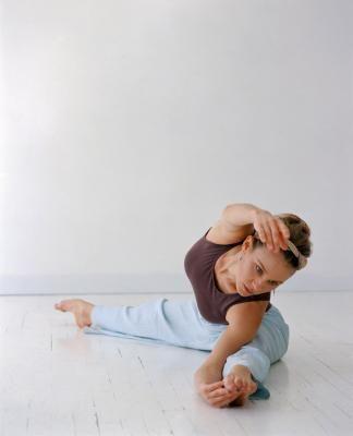 Cómo estirar tus tendones para poder hacer splits | LIVESTRONG.COM en Español