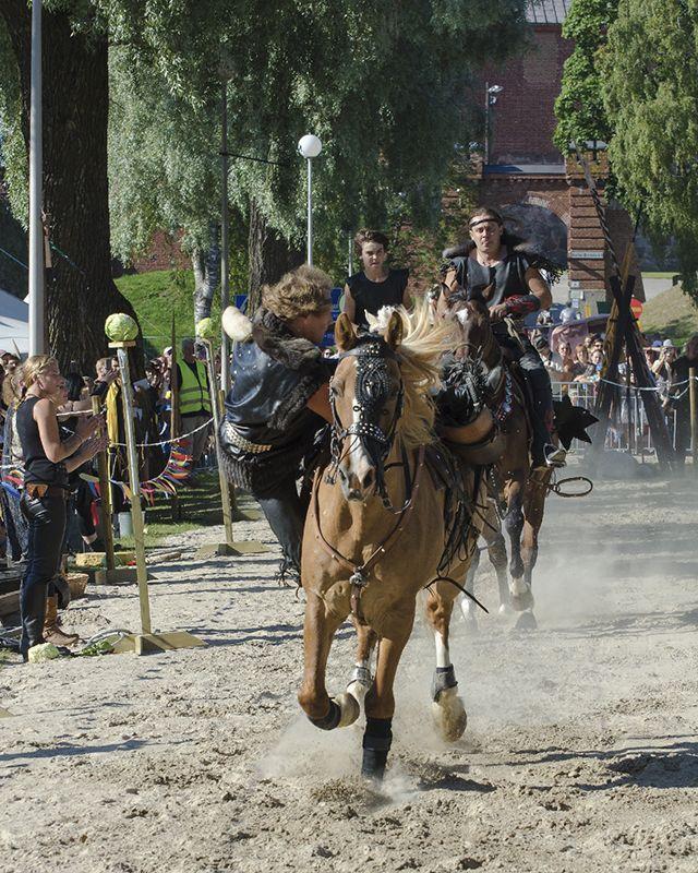 Hämeen keskiaikamarkkinat - Häme Medieval Faire 2012, Barbarian Horse Show, © Heikki Haavisto