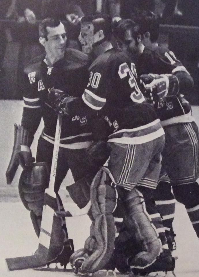 Terry Sawchuk, playing for the New York Rangers, February 1970, with Ed Giacomin on his right.