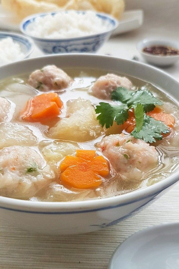Fish Maw with Prawn Meatballs Soup