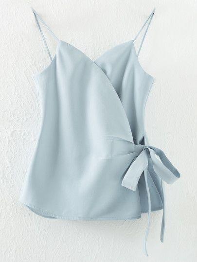 Top à bretelle avec nœuds - bleu clair