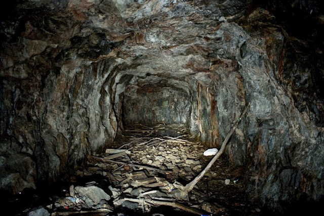"Jussi Kivi  Cave 1242 ""Theater"", Kivikko, Helsinki photo 81 x 121 cm, 2006"