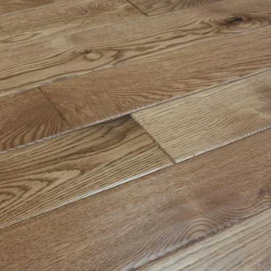 Best White Oak Vinyard 3 4 X 5 Hand Scraped Solid Hardwood 400 x 300