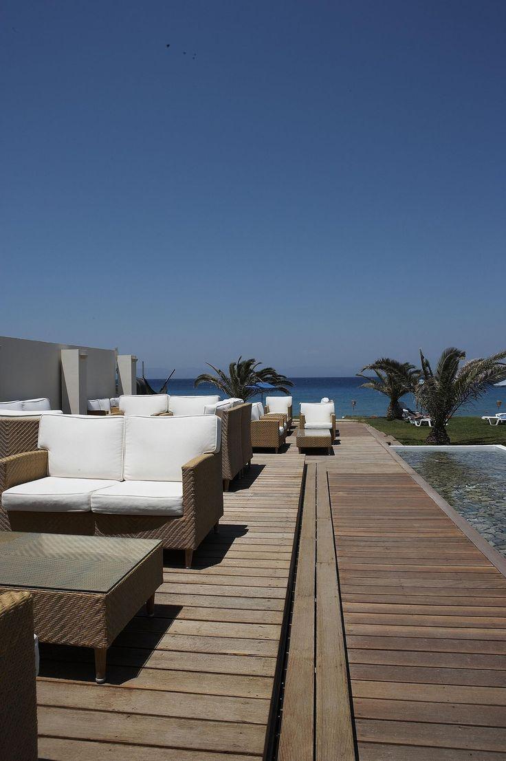 Milonges Blue Pool Bar