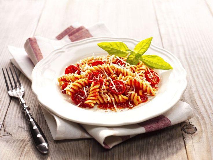 """10 ricette di pasta con condimento """"a freddo"""""""
