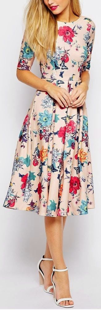 Fashion trends   Spring floral dress