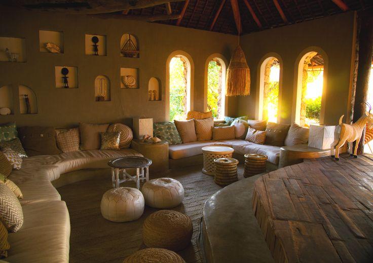 Azura Quilalea lounge.