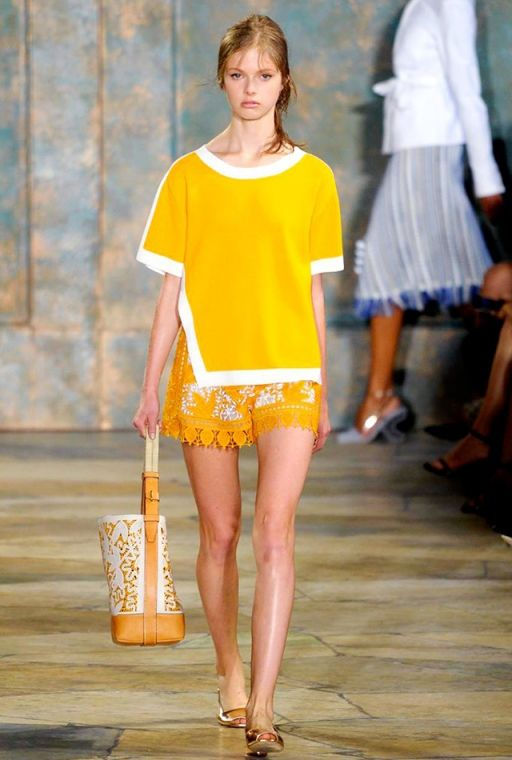 NYFW SS16: Tory Burch #yellow #summer #shorts #fashion
