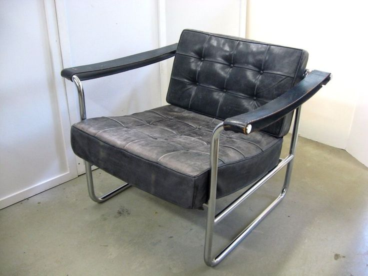 """ORIGINAL SWISS DESIGNER """"KURT THUT"""" FOR """"STENDIG"""" TUBULAR CHROME/LEATHER LOUNGE CHAIR WITH LEATHER ARM STRAPS- CIRCA 1970'S---. THIS CHAIR WAS WELL TAKEN CARE OF WITH NICE WEAR TO LEATHER---. THIS IS A LARGE CHAIR-- (45 LBS.). 