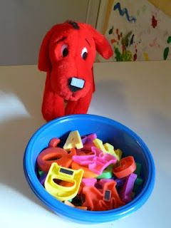 ABC Dog Food phonics!  Easy activity for circle time!