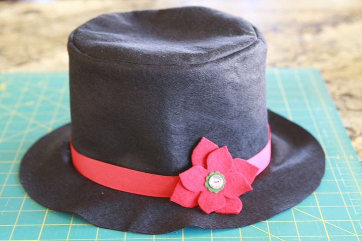 How to make felt top hats for snowmen or whatever!