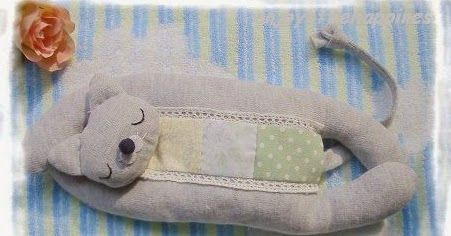 Mimin toys: gatinho dorminhoco