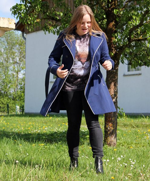 Trenchcoat and T-Shirt #Primark, Boots #H&M Hennesandmauritz