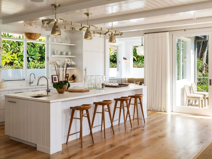 This+Is+How+a+Supermodel+Decorates+Her+$60+Million+Malibu+Home+via+@MyDomaine
